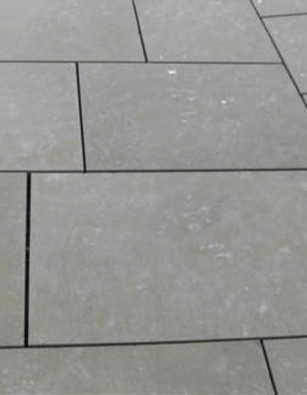 New Yorkstone Diamond Sawn Six Sides all Buff colour